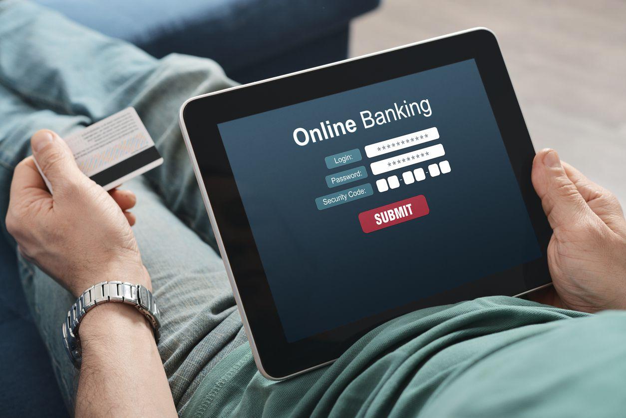 CHUYỂN TIỀN QUA INTERNET BANKING CẦN CHÚ Ý ĐIỀU GÌ? - B247