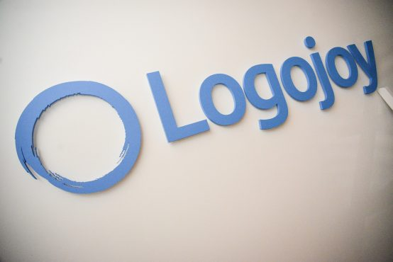 Logojoy – Phần mềm thiết kế logo với AI